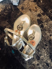 Toddler Michael kors sandals new  Myrtle Beach, 29588