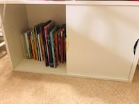 Kids bookshelf bench