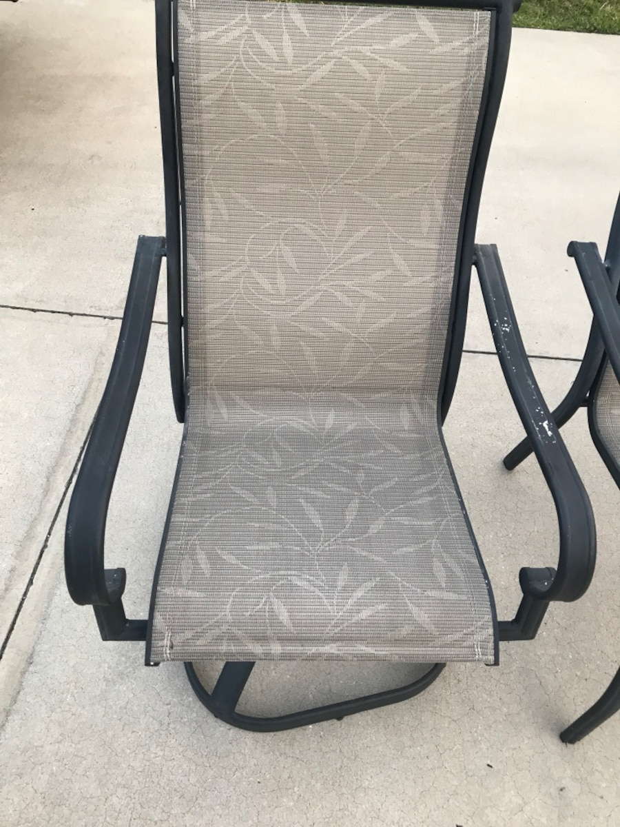 Out Door Table w/ Chairs - $40