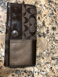Authentic patchwork coach wallet Fair Oaks, 95628