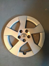 15 inch Toyota wheel covers.  Set of 4