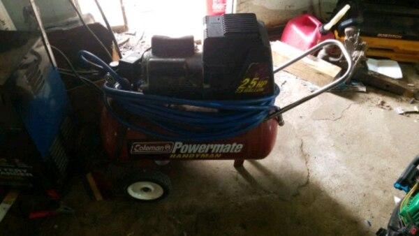 Used Coleman Powermate 2 5 Hp 7 5 Gallon Compressor For