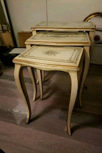 Shabby chic hand painted nesting tables Toronto, M6J 0B3