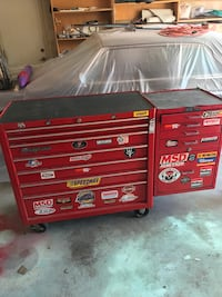 red and black Craftsman tool cabinet Lancaster, 93536