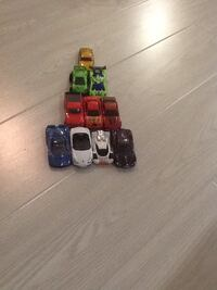 Ten assorted cars Narwee, 2209
