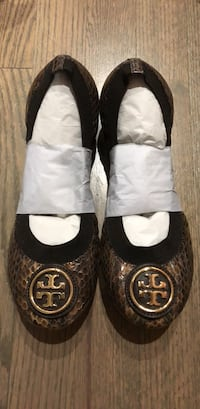 Tory Burch Flats in Brown Snake Size 7 (NIB) Chicago, 60607
