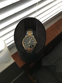 Real gold citizen watch, barely worn, mint condition just need to reset the time