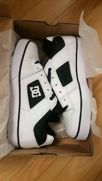 Brand new mens DC Shoes size 11 and 10 available  Kitchener, N2C 2J6