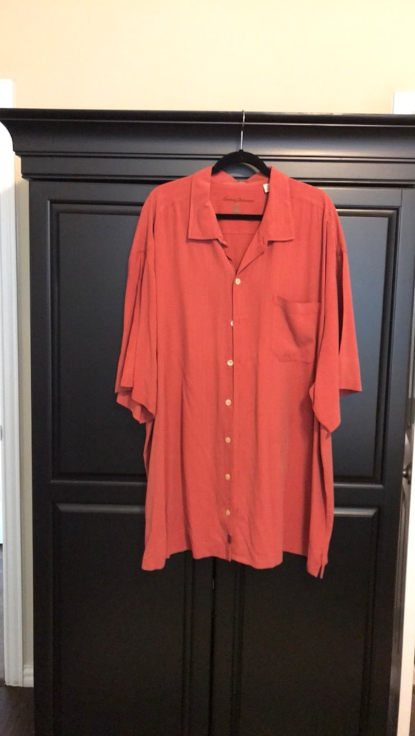 198f67adf7719 Used Tommy Bahamas men s red silk button down shirt size 4XB for sale in  Dallas - letgo