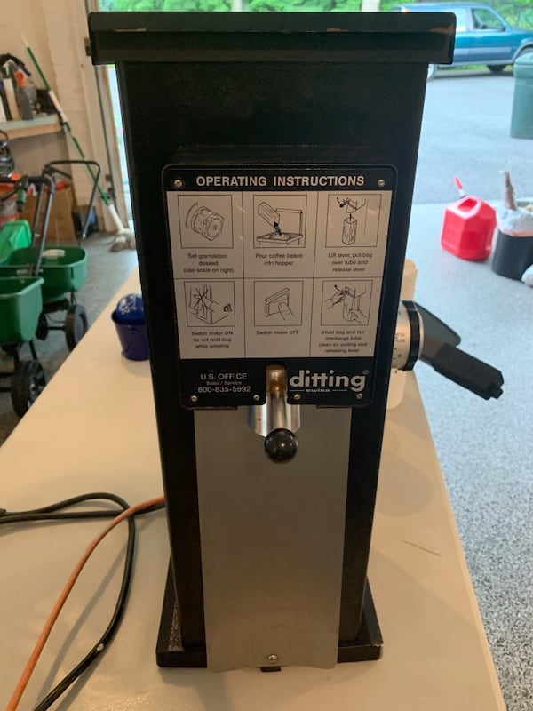 Ditting Swiss Commercial Coffee Grinder 454bc1a1-ddca-4f28-881e-4688ffd90eef