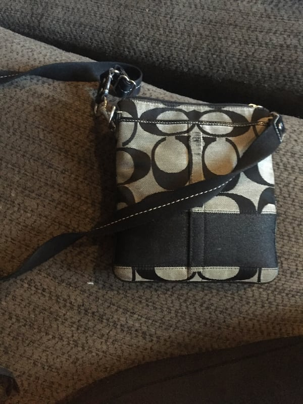 Coach crossbody bag 1