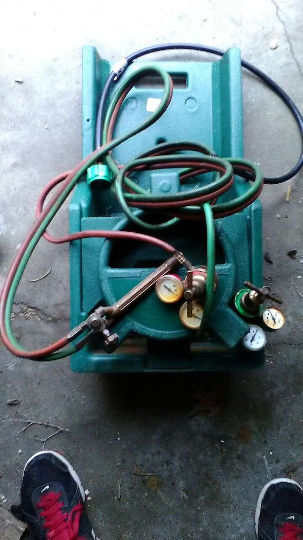 Used Acetylene And Oxygen Torch Outfit For Sale In