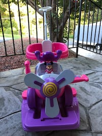 Minnie Mouse ride and scoot plane High Point, 27262
