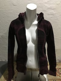Lulu Lemon Jacket Hollister, 95023