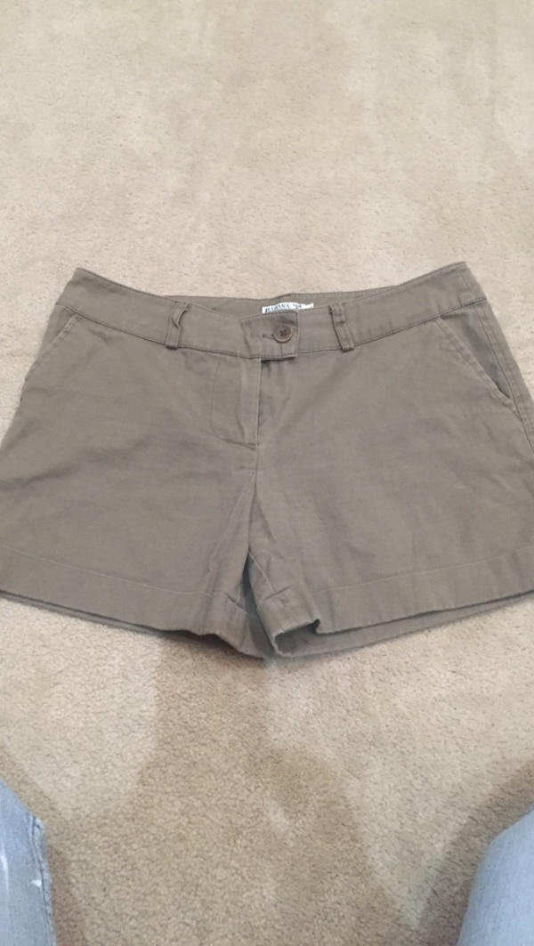 Brown Taupe size small shorts