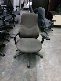 black and gray rolling chair Mississauga, L5C 2S9