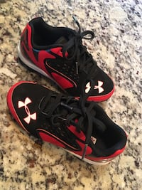 Under Armour cleats youth 11