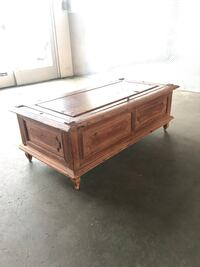 Antique coffee table Rancho Palos Verdes, 90275