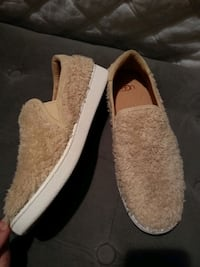 Ugg shoes inside out uggs New! Size 8 2264 mi