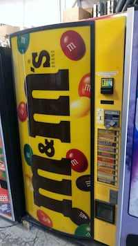 Outside snack candy vending machine  Gaithersburg, 20879