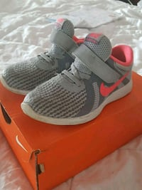 Nike girls shoes Chicago