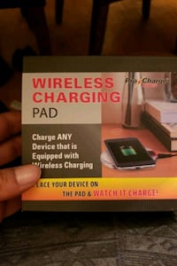 Wirless charger for android or iphones Toronto, M3J 1M5