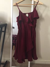 Women's maroon sleeveless dress Hamilton, L8J 2P8