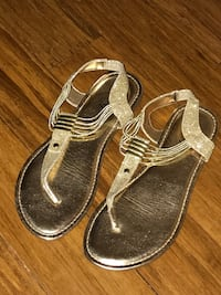 pair of gray leather sandals Manassas, 20109