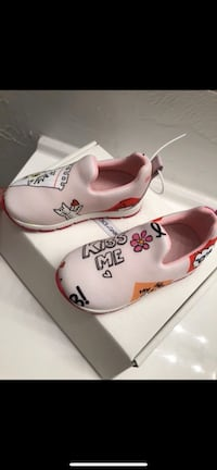 baby girl dolce & gabbana sneaker  Windsor Mill, 21244