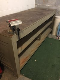 SOLID WOOD HEAVY DUTY WORK BENCH Clarksville, 37043
