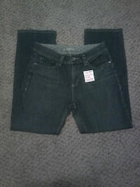 Lee straight leg jeans. Size 8s. Almost new Oklahoma City, 73109