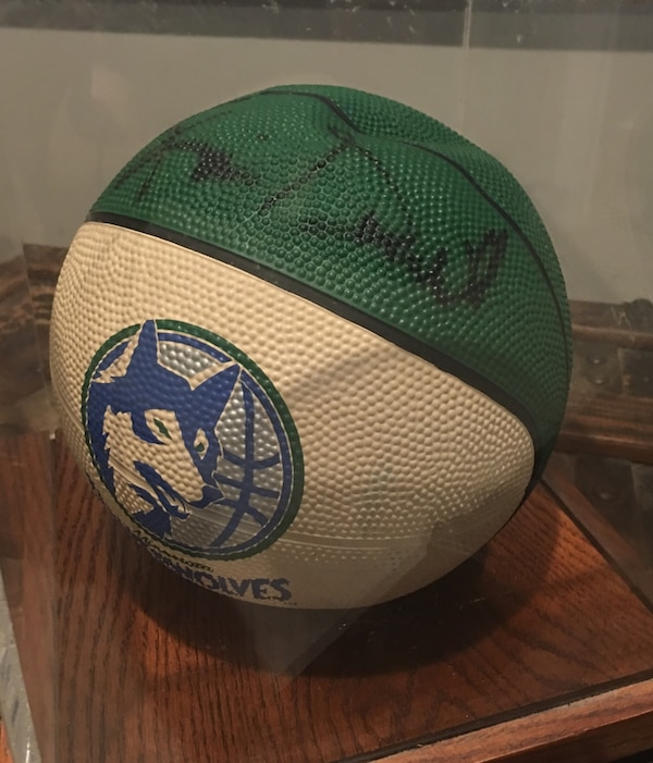 release date ca35c ce4ed Kevin Garnett rookie draft day autographed basketball with COA