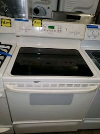 HOtPoint glass top electric stove working perfectl Baltimore, 21223