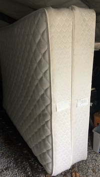 white and gray quilted mattress London, N6H