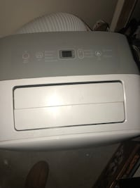 Portable AC unit 1 year old Coquitlam, V3K 5L2