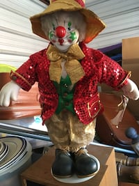 Vintage collectors choice porcelain clown selling cheap