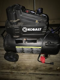 Kobalt 8 gallon 1.8 hp compressor Millbrook, 36054