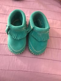 toddler's pair of teal shoes Chula Vista, 91911