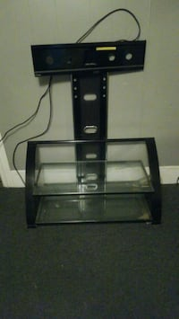 Tv stand entertaiment center Hingham, 02043