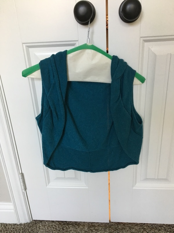 8c88520c340 Used Size small- Women s teal shawl for sale in Rockwall - letgo