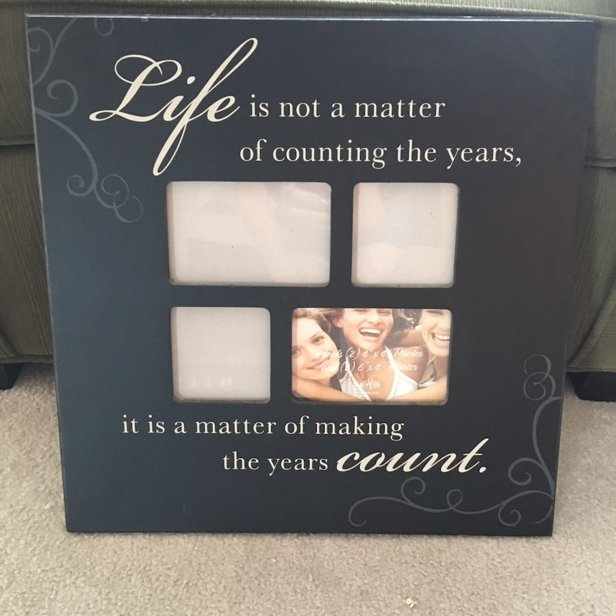 Sign with Picture Frames.