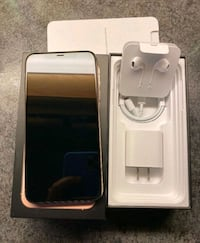 2 iPhone 11 pro max gold