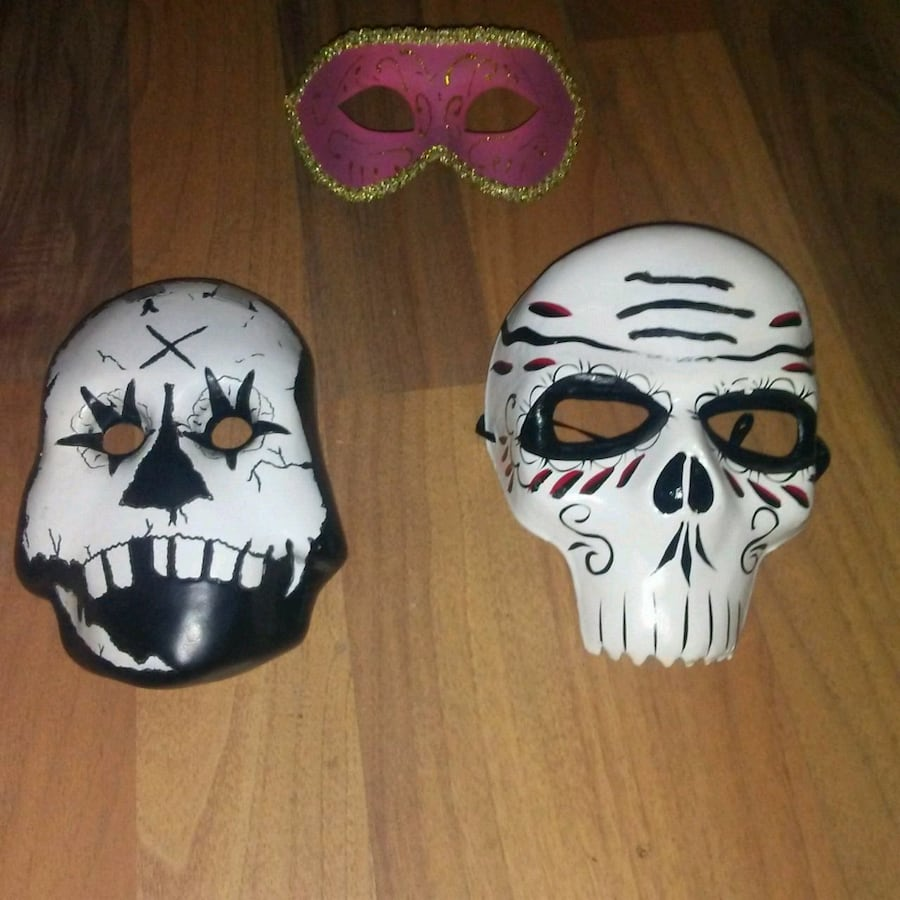 3 CERAMIC MASKS