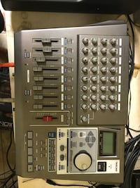 Tascam Portstudio DP-01X Digital Multitrack Recorder 34 km