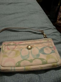 women's pink Coach sling bag Long Beach, 90805
