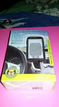 Smart Phone Vent mount BNIB Coquitlam, V3J 3Y3