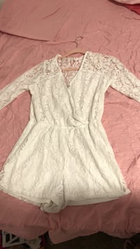 women's white lace floral surplice long-sleeved rompers