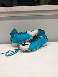 Nike soccer shoes Vaughan, L4H 1M6