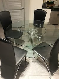 All glass dinning table (only glass table)