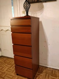 Nice tall dresser with 6 drawers and mirror in gre Annandale, 22003